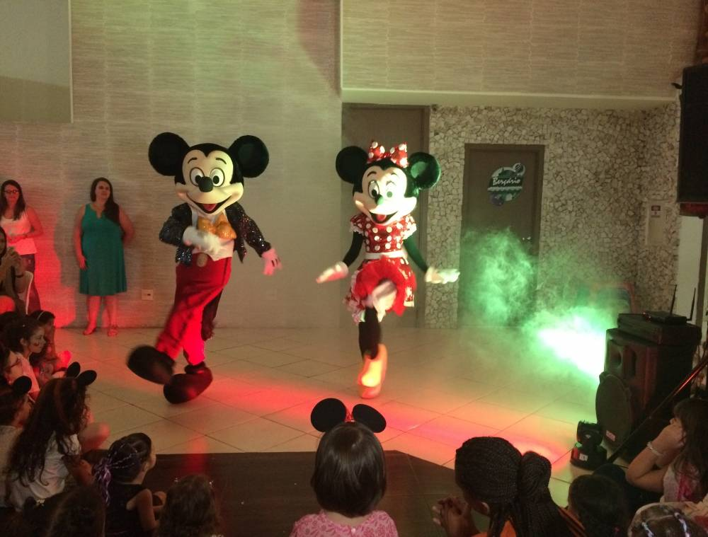 Fantasia Mickey no Cambuci - Aluguel de Fantasiasna Zona Sul