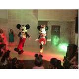 Fantasia Mickey no Jardim Europa