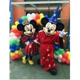 Mickey Minnie no Jockey Club